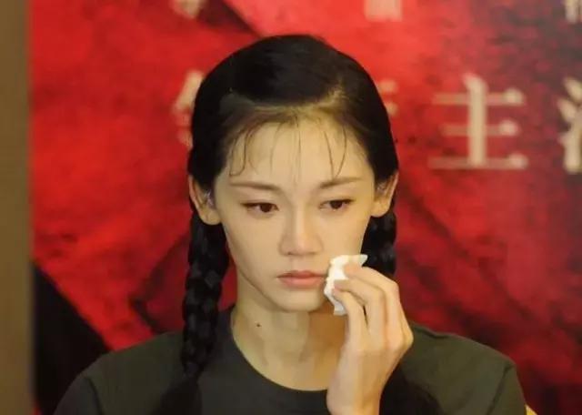 《芳華》還沒上映就要撤檔 馮小剛哭了(多圖)