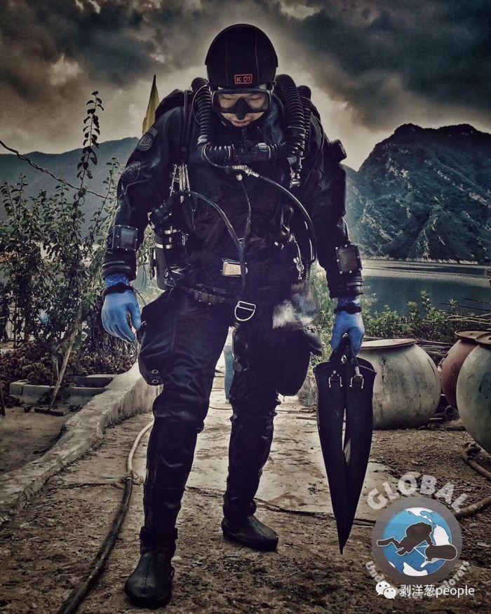兩名潛水員探索水下長城失蹤13天 遺體已被發現(多圖)