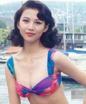 劉鑾雄為何會為蔡少芬還債,看她年輕時照片就懂了(圖)