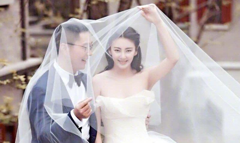 张雨绮宣布离婚,而龙凤胎无处安置,网友:苦了孩子了!