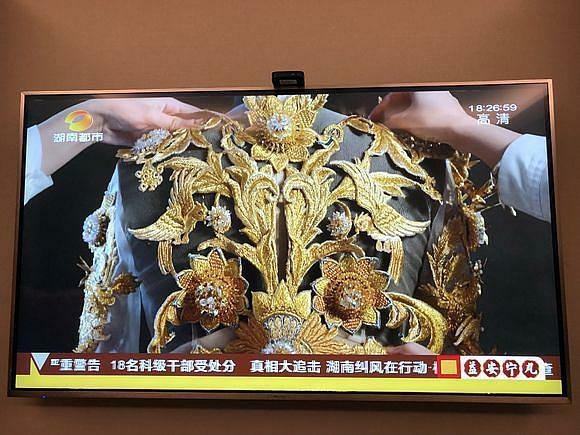 官宣!迪丽热巴当选金鹰女神,礼服被曝光精美华贵至极!