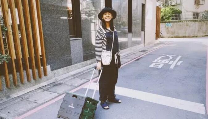 陈意涵坐公交被让座,网友:怎么看出来她怀孕的?