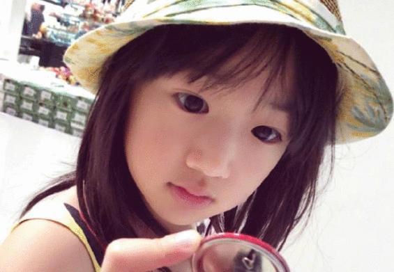 吴尊女儿长开了,9岁neinei美到犯规,网友:从小是个美人胚子