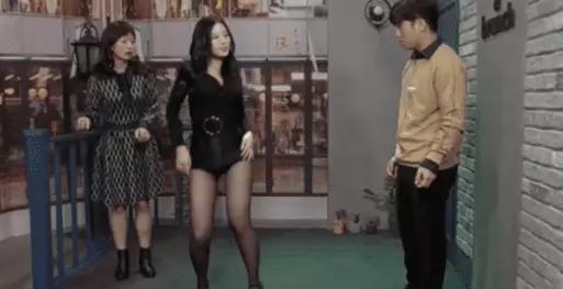 """韩国综艺的""""规则"""",你是流量女星也不管用,""""卖弄""""是少不了的"""