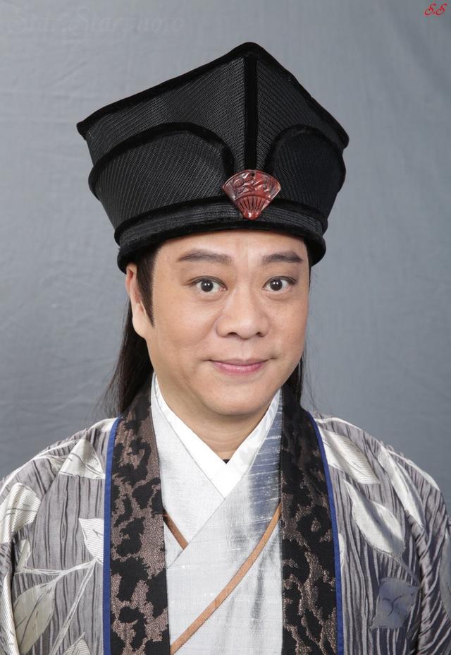 TVB里他是实力演员,35岁和粉丝结婚,婚后才知妻子身价高达80亿