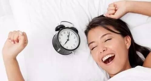 几点睡觉最养生?几点起床最健康?(建议永久收藏)