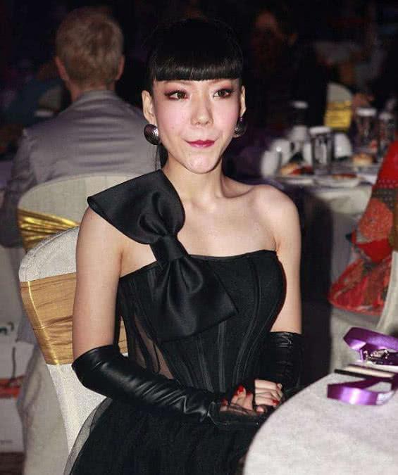《中国好声音》的人气学员吴莫愁,现在为什么没有消息了?